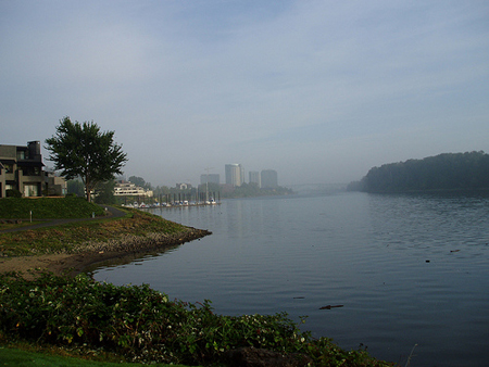 Bike path along the Willamette River, looking north